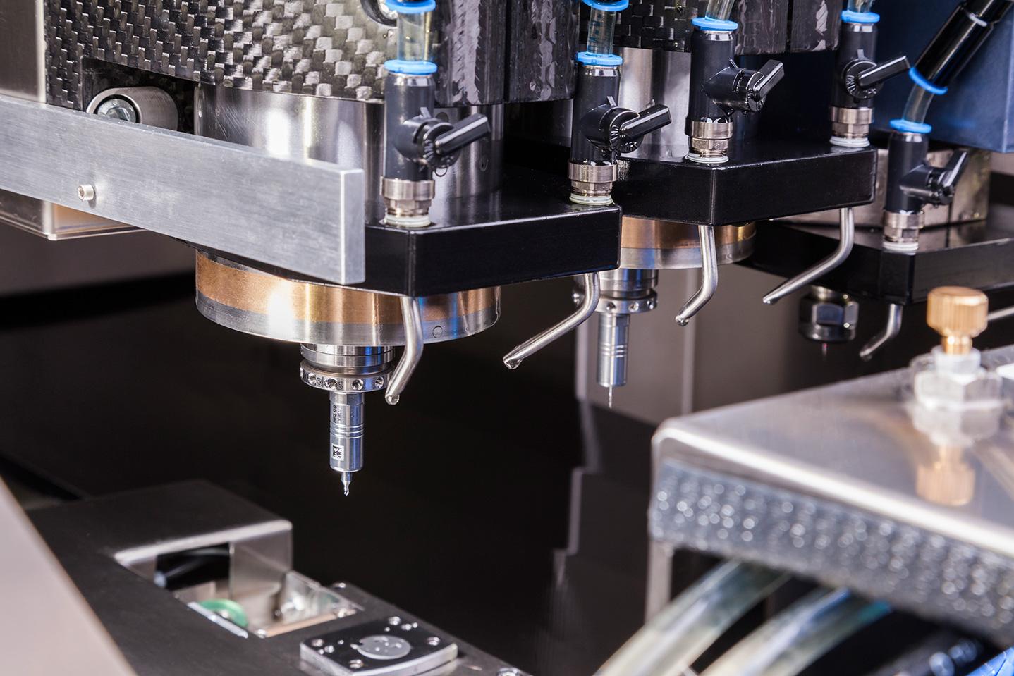Pendeltischmaschine Detail